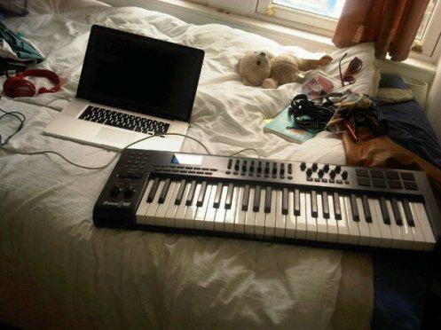 Labrinthda1st home studio mobile setup